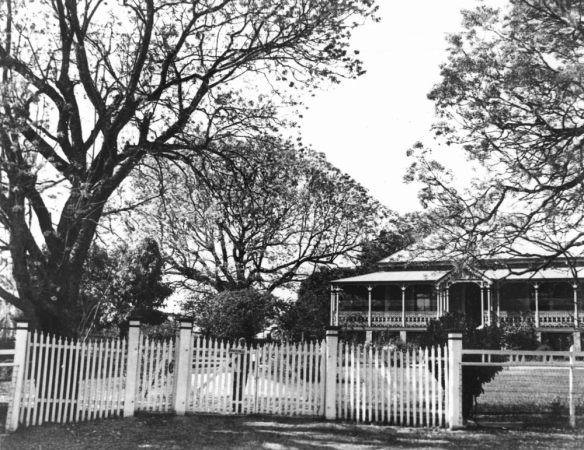 Rhossilli Ipswich, but is it the right one? 1939. bishop.slq.qld.gov.au:130643 Copyright expired.
