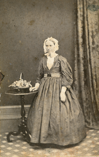 Winifred O'Brien nee Carter. Picture Ipswich/People/Families/ARCHIVE/qips-2010-10-24-0002p.jpg