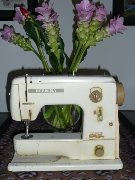 Poor Ms Bernina, she's looking a bit tired and needed some flowers to cheer her up.