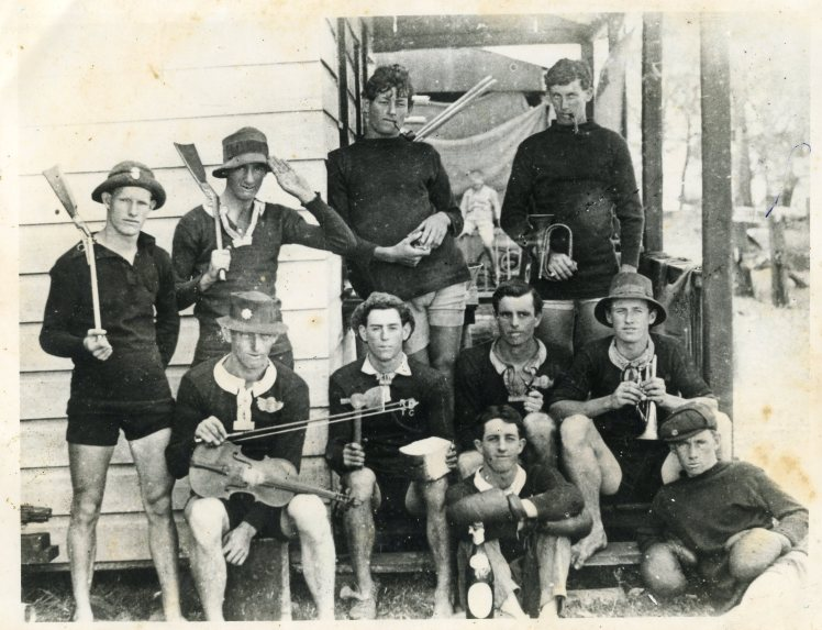 Red Bicycles Touring Club 1913