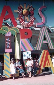 Mr Cassmob's aunt, moi, and DD2 and 3 outside the Oz pavilion.