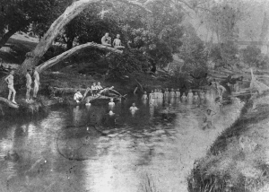 Group of boys swimming in Lockyer Creek 1890-1900. oai:bishop.slq.qld.gov.au:52304 Copyright expired.