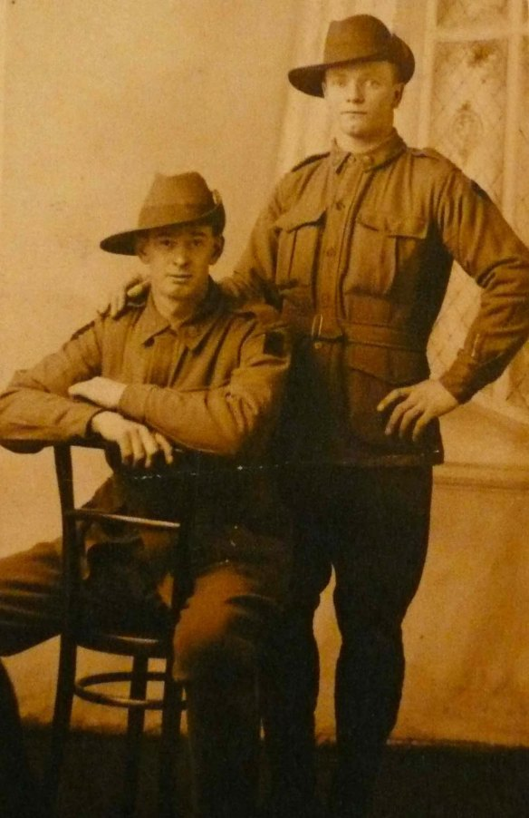 Two unidentified Aussie soldiers.