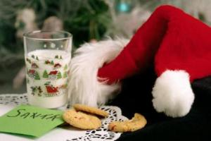 santa-cookies-milk