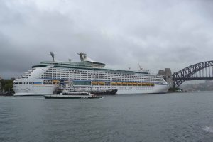 Voyage of the Seas dwarfs most other ships, just imagine it beside a barque like Florentia.