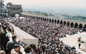 Easter Mass in Assisi 2000 with a massive outdoor congregation and al fresco Mass.