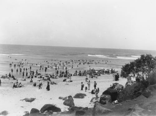 Unidentified (1900). Greenmount Beach, Gold Coast, 1900-1910. John Oxley Library, State Library of Queensland, www.trove.nla.gov.au