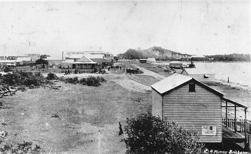 Tweed Heads, showing railway passengers walking down Bay Street into Wharf Street. Queensland (or Federal) Hotel, Coolangatta, is on the right. John Oxley Library, State Library of Queensland, 1905