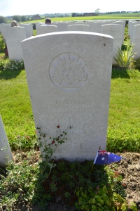Thomas Zeller's grave at Tyne Cot cemetery.