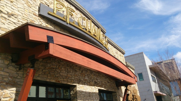 We had a lovely meal at PF Chang's and met up with Linda Robbins and hubby.