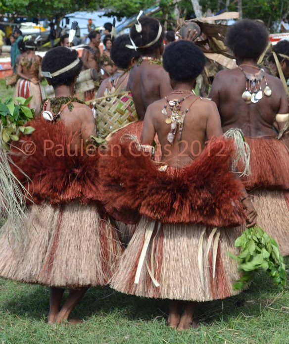 447 Women dancing 2012 PNG