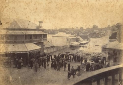 Floodwaters rise in the heart of Ipswich January 1887