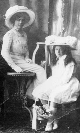 Lily and May Kunkel