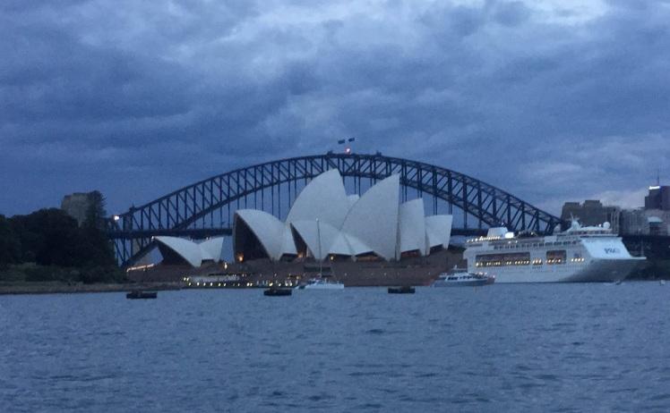 bridge and opera house