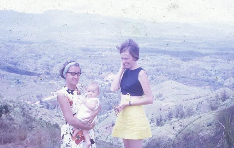 Kaye and Louisa and Pauleen Daulo Pass PNG 1972