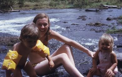 Pauleen with Louisa and Rachel