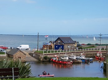 Courtown harbour 20160910_145048
