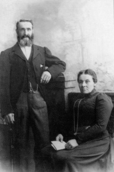 McCORKINDALE Duncan and Annie Sim
