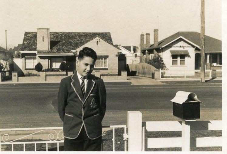 43 Peter Cass Nudgee uniform Jan 1960 at Essendon